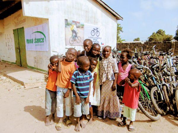 Kola pro Afriku